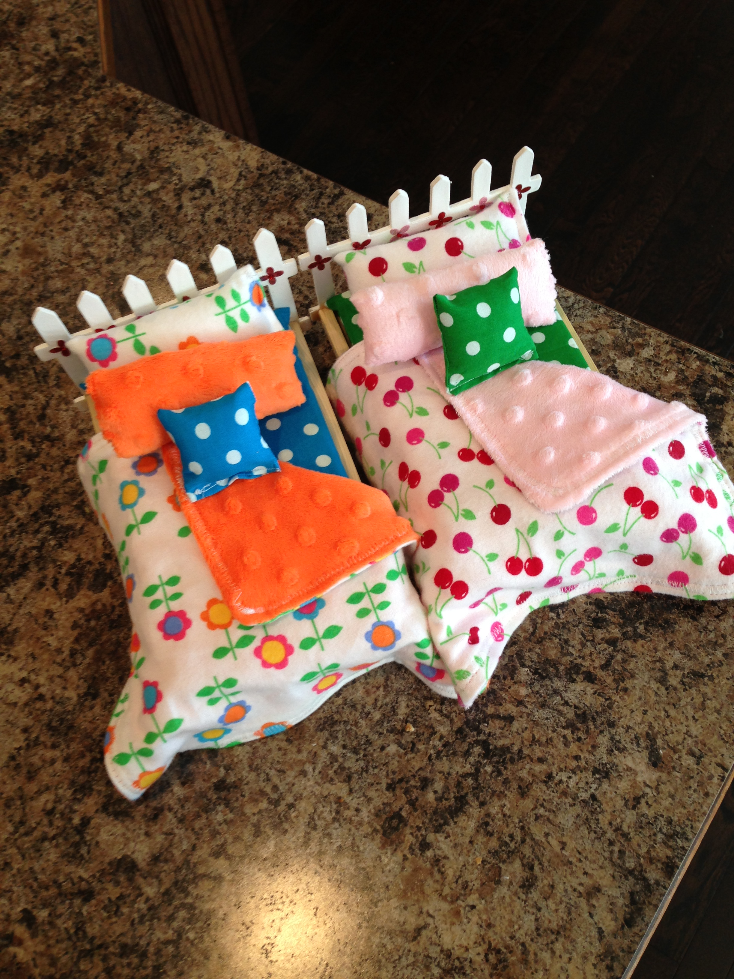 i and q quilt quilter bed doll farmhouse is beds for